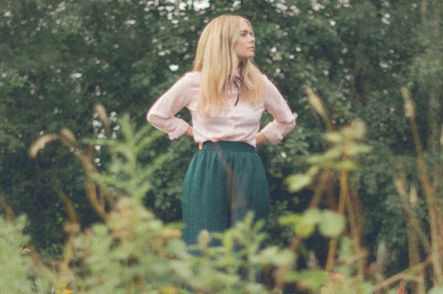 Chloe Foy / Jessie Reid
